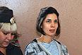Участница Pussy Riot Надежда Толоконникова, обвиняемая в хулиганстве в храме Христа Спасителя, перед началом заседания в Хамовническом суде.