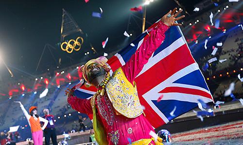На Олимпийском стадионе в Лондоне прошло красочное представление, приуроченное церемонии закрытия ХХХ летних Олимпийских Игр. Игры-2012 проходили в Лондоне с 27 июля по 12 августа. На Олимпиаде было разыграно 302 комплекта наград.