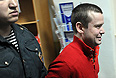 """Оппозиционер Леонид Развозжаев будет этапирован в Ангарск для проведения следственных действий по делу о разбое. """"Развозжаев будет этапирован в Ангарск, на территории Иркутской области будут проведены следственные действия"""",- сказал следователь на заседании в среду в Басманном суде."""