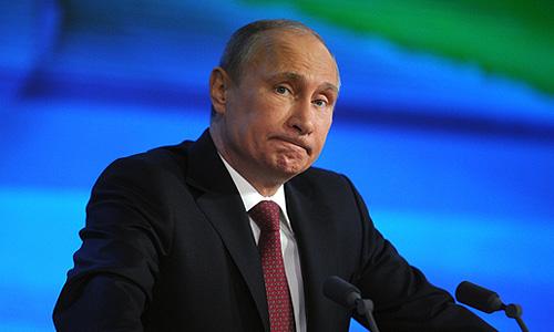 """Президент России проводит """"большую пресс-конференцию"""". В Центре международной торговли находятся 1,2 тысячи российских и иностранных журналистов. Круг тем не ограничен."""