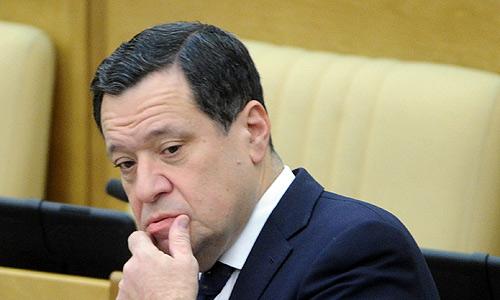 Председатель комитета Госдумы по бюджету и налогам Андрей Макаров на пленарном заседании Госдумы РФ.