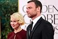 Актриса Наоми Уоттс с мужем, актером Ливом Шрайбером.