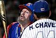 Уго Чавес и Фидель Кастро в товарищеском матче по бейсболу. 29 октября 2000г.
