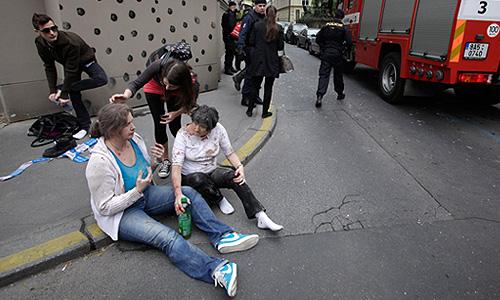 """""""В настоящее время информации о том, есть ли среди пострадавших в результате взрыва россияне, нет. Обращений пока не было"""", - заявили в российском посольстве."""