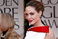 Анджелина Джоли отметила, что решение пойти на удаление груди далось ей не легко, но сейчас она счастлива, что сделала это. Актриса хочет как можно дольше заботиться о своих детях и внуках.