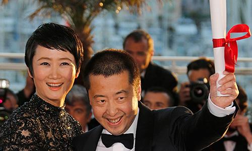 """""""Пальму"""" за лучший сценарий получил китаец Цзянь Чжан Ке за сценарий к своему фильму """"Прикосновение греха""""."""
