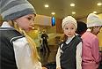 Департамент образования столицы разработал методические рекомендации о порядке установления требований к одежде обучающихся и воспитанников государственных образовательных учреждений. На фото презентация школьной формы, разработанной модельером Вячеславом Зайцевым.