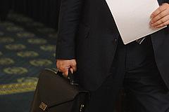 Восемь кандидатов в мэры подали документы