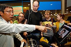 Сноуден в Москве, транзитом