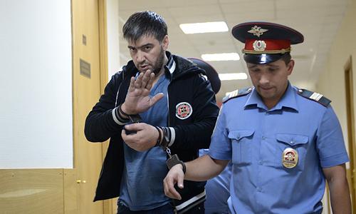 Один из опознанных нападавших Закарья Гаджиев, обвиняемый по делу об избиении депутата госдумы от ЛДПР Романа Худякова, во время слушания по избранию меры пресечения.