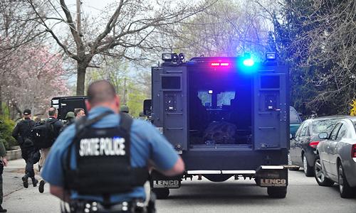 Сержант бостонской полиции передал прессе прежде не публиковавшиеся снимки задержания террориста