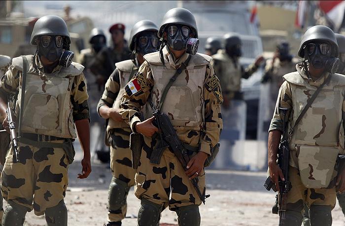 В Египте военные атаковали боевиков