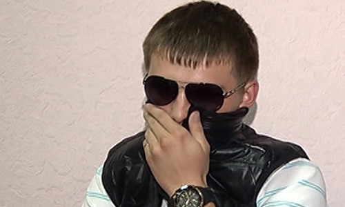 Молодой человек, находившийся за рулем Mercedes Benz CLS350, задержан за стрельбу из хулиганских побуждений в центре Москвы.