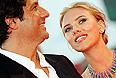 """Режиссер Джонатан Глейзер и актриса Скарлетт Йоханссон на премьере фильма """"Побудь в моей шкуре""""."""