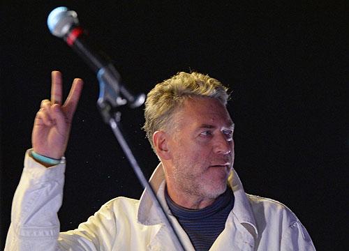 Журналист, музыкальный критик Артемий Троицкий выступает на митинге сторонников оппозиционного политика Алексея Навального на Болотной площади.