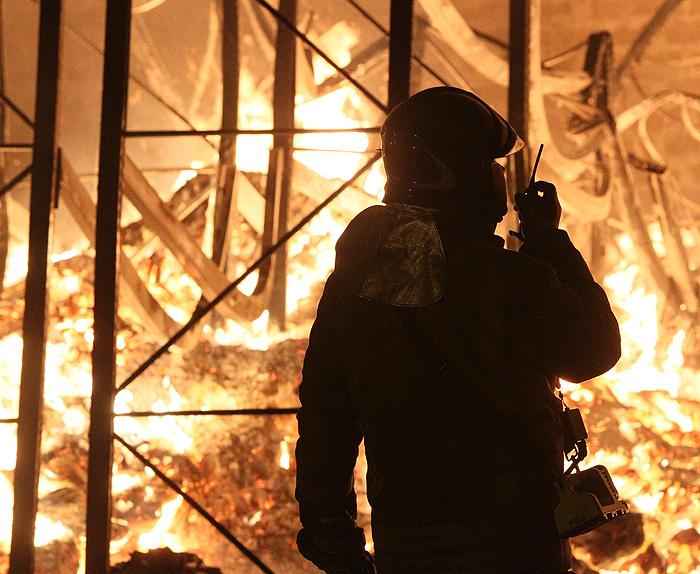Пожар на подлодке тушили пустым огнетушителем