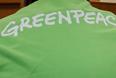 Во время судебного заседания по рассмотрению ходатайства об избрании меры пресечения активистам Greenpeace в Ленинском суде города Мурманска. По решению суда активист Роман Долгов и фотограф Денис Синяков арестованы до 24 ноября 2013 года.