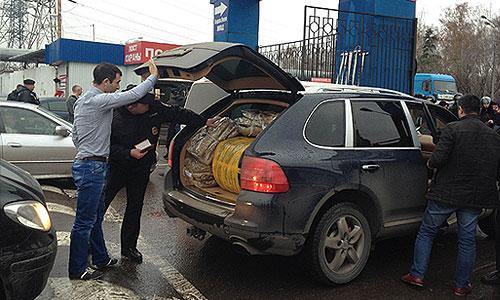 В ходе мероприятия полиция установит законность нахождения мигрантов на территории РФ, а также проверит их на причастность к совершению преступлений на территории столичного региона.
