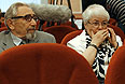 Родители Михаила Ходорковского Борис и Марина Ходорковские во время заседания Верховного суда РФ, где рассматривается надзорная жалоба на приговор экс-главе ЮКОСа Михаилу Ходорковскому и его бывшему партнеру Платону Лебедеву.