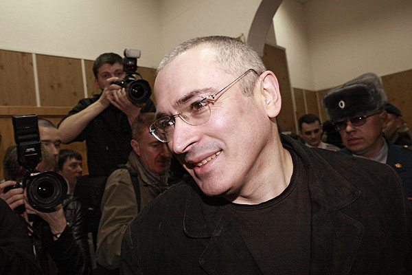 """Экс-глава """"ЮКОСа"""" Михаил Ходорковский в зале судебных заседаний Хамовнического суда Москвы, где сегодня он дал показания по своему второму уголовному делу о хищении 350 миллионов тонн нефти."""