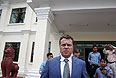 """""""Суд принял решение не рассматривать вопрос об экстрадиции Полонского до окончания расследования уголовного дела, расследуемого в отношении бизнесмена по факту инцидента с камбоджийскими моряками"""", - сказал представитель российского надзорного ведомства."""