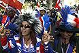 Требованием демонстрантов является отставка правительства во главе с Йинглак Чинават. Оппозиция выступает и против парламентских выборов, которые, вероятнее всего, выиграет партия главы правительства.