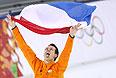 Стефан Гротхейс из Нидерландов становится чемпионом в скоростном беге на коньках на дистанции 1000 м.