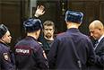 Обвиняемый в подготовке массовых беспорядков оппозиционер Леонид Развозжаев в Мосгорсуде.