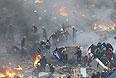 На Украине третий день продолжается противостояние оппозиции и государственной власти. Столкновения на улицах городов перерастают в настоящие бои. Сторонам пока не удается прийти к компромиссу.