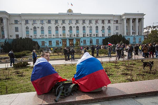 INTERFAX.RU - Россия готова инвестировать в Крым, заявил первый вице-премьер...