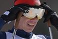 Россиянин Станислав Чохлаев стал серебряным призером в лыжной гонке на 20 км среди слабовидящих спортсменов на XI Паралимпийских зимних играх в Сочи.
