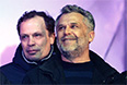 Глава исполнительной власти Севастополя Алексей Чалый (справа) на праздничном концерте после проведения референдума о статусе Крыма.