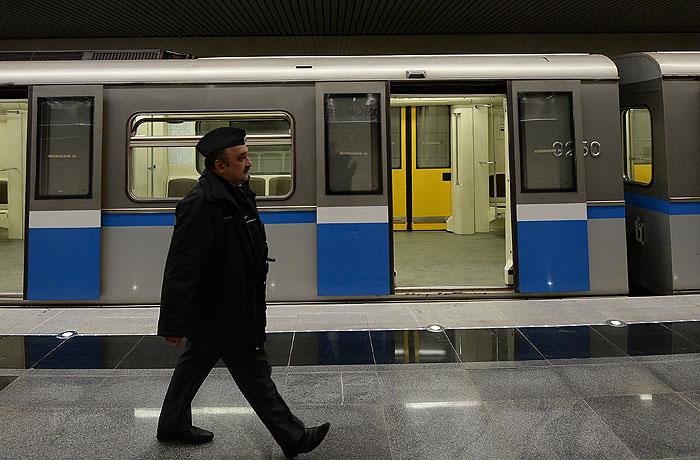 Поломка состава в московском метро привела к сбою в движении поездов