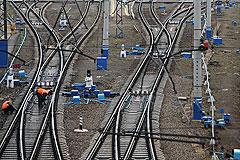 В Подмосковье поезд сбил насмерть двух человек