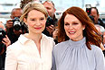 """Миа Васиковска и Джулианна Мур представляют в Каннах новый фильм Дэвида Кроненберга """"Звездная карта""""."""