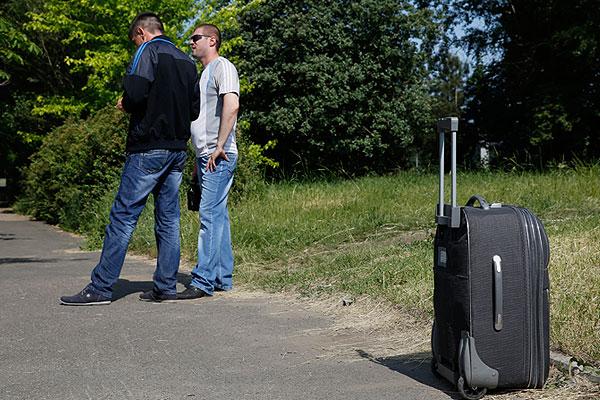Международный аэропорт Донецка имени Прокофьева временно приостановил обслуживание рейсов с утра понедельника.
