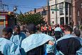 Группа спасателей возле здания Тихоокенского университета Сиэтла.