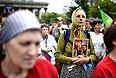 """Участники митинга """"В защиту общественной нравственности, традиционных семейных ценностей""""."""