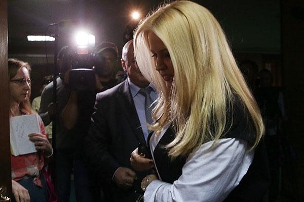 Бывшая глава Департамента имущественных отношений Минобороны РФ Евгения Васильева, обвиняемая в мошенничестве, перед оглашением решения по ходатайствам сторон.
