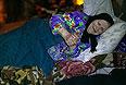 Жительница Горловки Любовь Константиновна в бомбоубежище во Дворце культуры имени Н.А. Изотова.