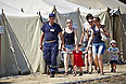 Временное размещение беженцев в Луганской области.