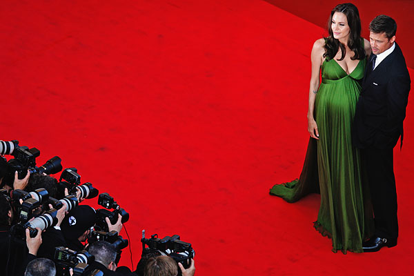 На красной ковровой дорожке 61-го Каннского кинофестиваля. Май 2008