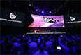 Ну и последней новинкой, представленной сегодня Samsung в Берлине стали очки виртуальной реальности Gear VR, созданные в сотрудничестве с командой разработчиков из Oculus VR. К слову, нашумевшее устройство последних, Oculus Rift(OR), создано как раз с применением дисплеев Samsung.