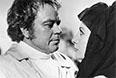 """Кадр из фильма """"Гойя, или Тяжкий путь познания"""" (1971 год) режиссера Конрада Вольфа. Актеры Донатас Банионис (Гойя) и Оливера Катарина (герцогиня Альба) во время сцены в мастерской Гойи."""
