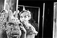 """Театр драмы и комедии на Таганке. Сцена из спектакля """"Тартюф"""", 1968 год. В роли Марианны - Нина Шацкая."""