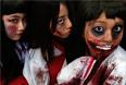 Участницы ежегодного парада в честь Хэллоуина в Кавасаки, Япония.