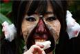 Участница крупнейшего Хэллоуин парада в Японии.