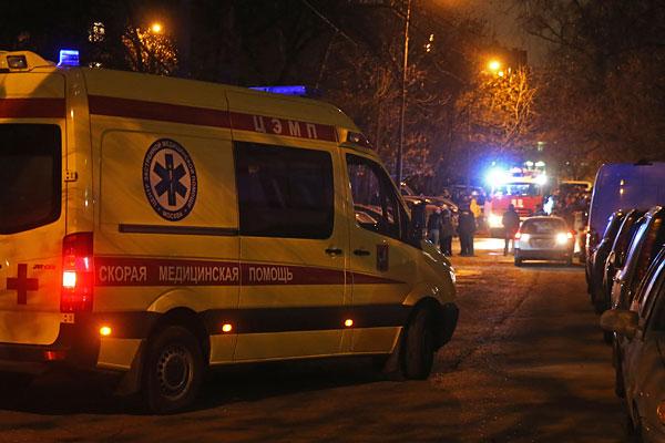 В результате происшествия один человек был госпитализирован, около 600 эвакуированы.