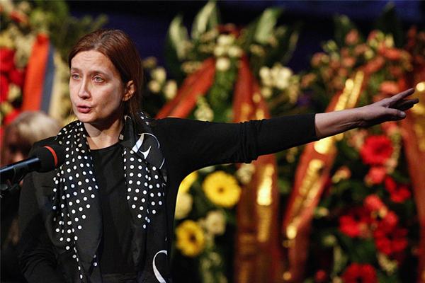 Дочь Елены Образцовой Елена Макарова
