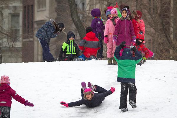 Были отменены все дополнительные занятия для детей и закрыты школы